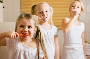 Is it ok for kids to swallow their toothpaste?